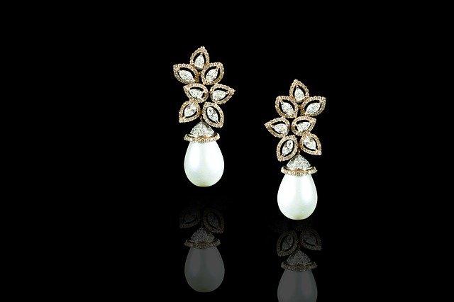 Luxusní a precizně vyrobený šperk potěší každého