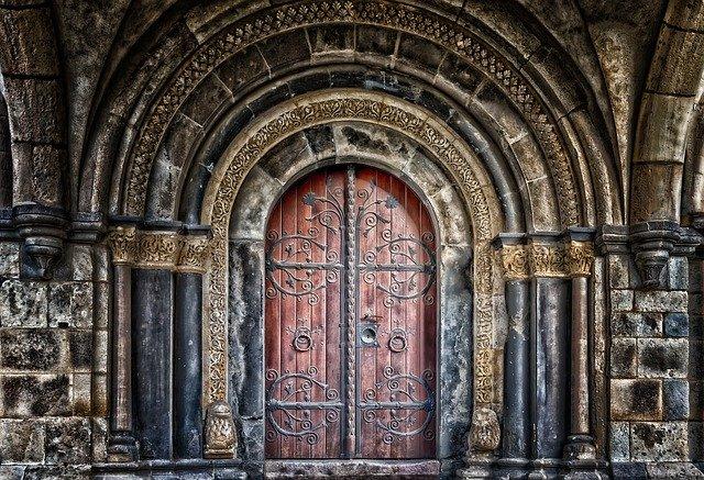 dveře zámku