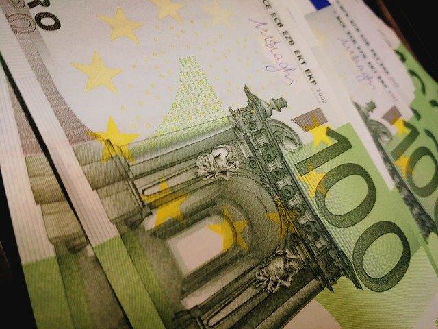zelené bankovky