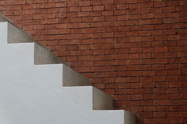 Pevné betonované schody
