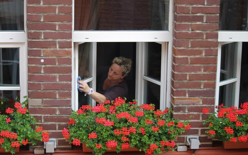 mytí oken v domácnosti