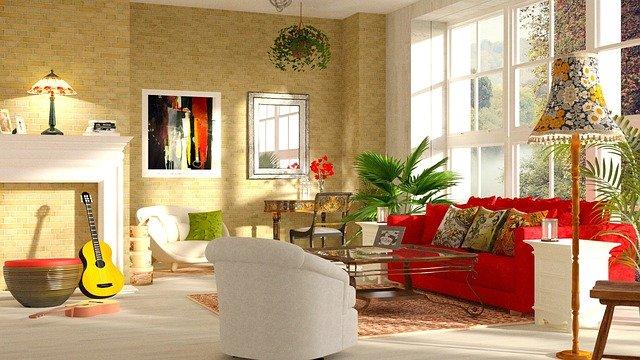 obývák s červenou pohovkou